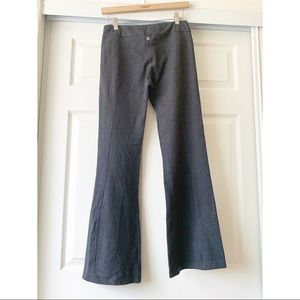 Lululemon wunder under wide leg yoga pants sz. 6